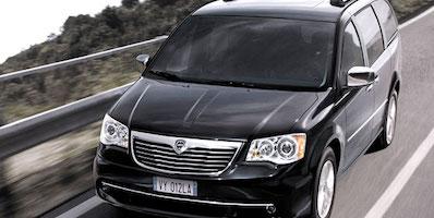 Lancia Voyager 3.0 CRD | Autopůjčovna Agile